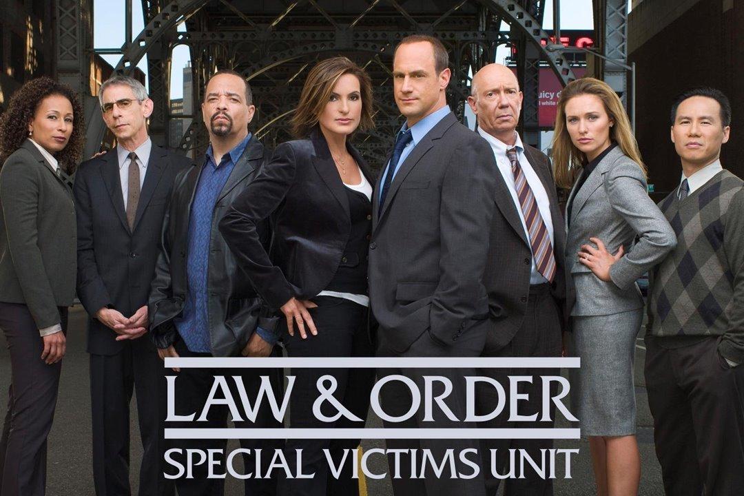 """Así es el detrás de escena de """"La ley y el orden: Unidad de ..."""